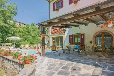 Semi-Detached with 3 bedrooms on 110m² in Pascoso (LU)