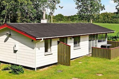 Cozy Cabin with Large Garden in Læsø