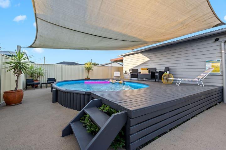 Kingford House Newly renovated. pool & spa bath