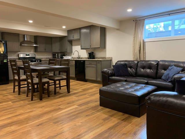 Modern spacious 2 bedroom suite.