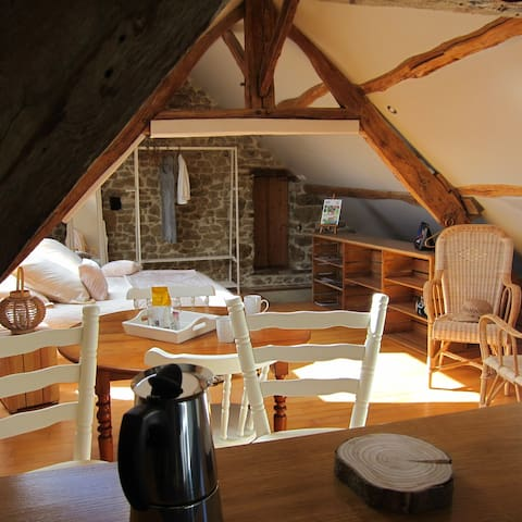 Chambre d'hôtes en Suisse Normande - Rabodanges - 게스트하우스