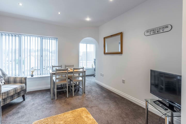 SmartApart Donington 6 - Two Bed Serviced Apartment