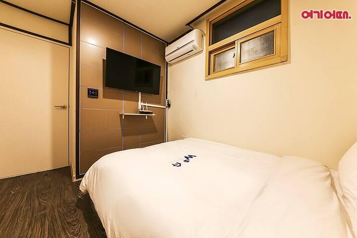 Хостел w mini hotel