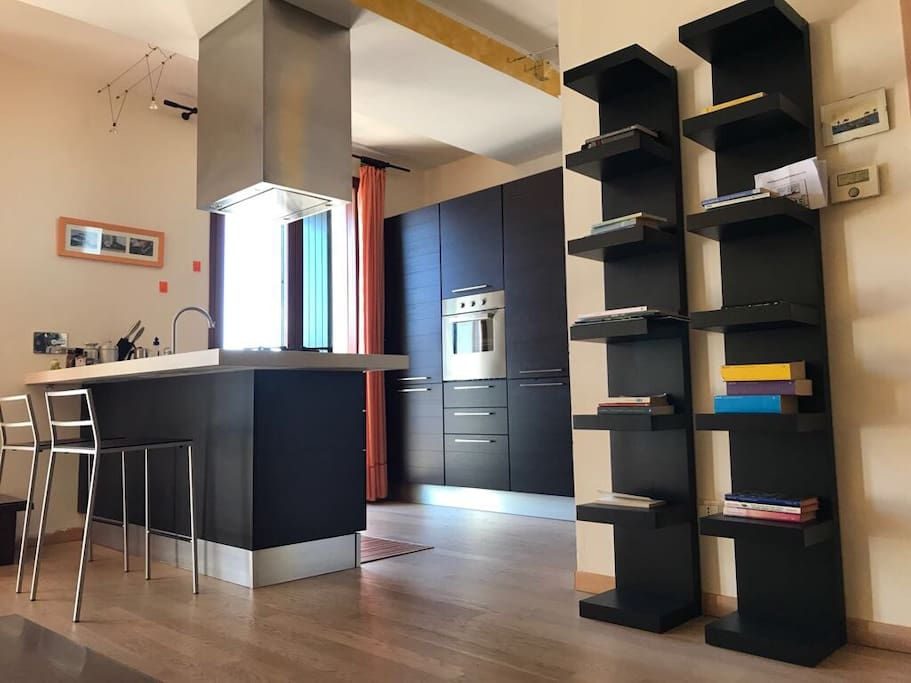 mini appartamento appartements louer arceto reggio. Black Bedroom Furniture Sets. Home Design Ideas