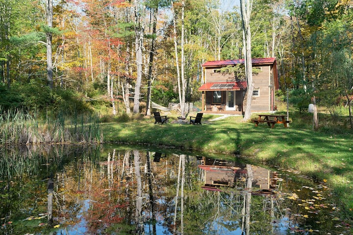 Into the Woods, Serene, Modern Catskills Retreat