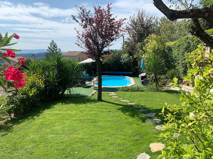🌸☀️ Joli studio en Provence 🌻⛲️