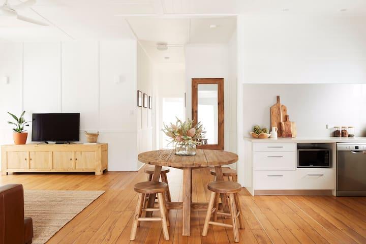 Paradiso Property - Byron Bay Beach House