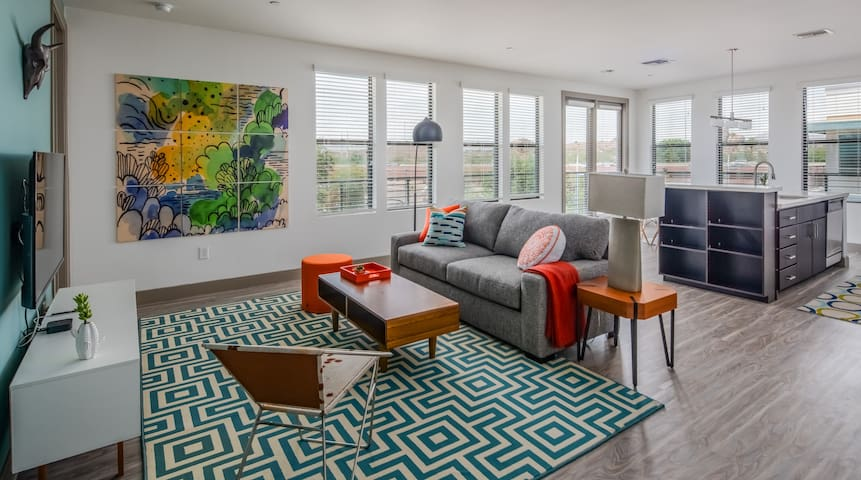 Modern 2BR | Tempe Town Lake by WanderJaunt