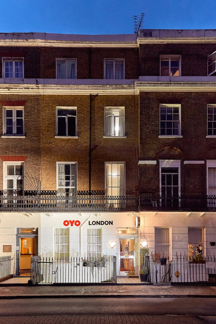 OYO London 24 Sussex, Single Room