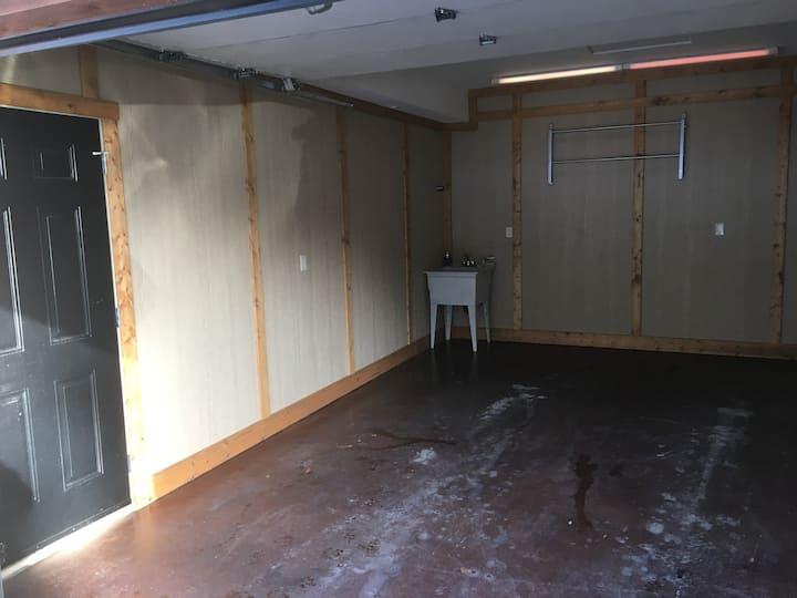 Garage Bay-3
