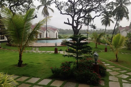 08Fully Furnished one Bedroom Apartment in Siolim