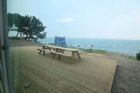 바다수영후 바로 씻고 놀수 있는 큰집 - Gampo-eup, Gyeongju