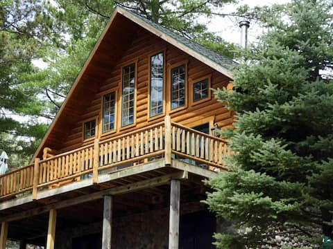 Lakefront Log Cabin on ATV and Snowmobile Trails