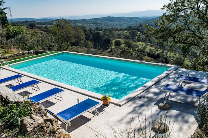 Countryhouse Il Luogo,Scansano, Apart.1: pool, sea
