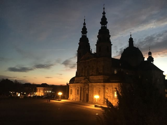 5 min walk to Hospital Fulda, 2 km to City Centre