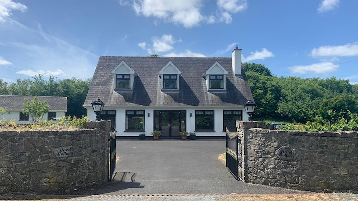 Large deluxe home near Athlone/Hodson Bay/Uisneach