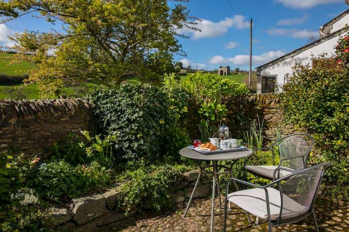 Middle Cottage, Cornworthy