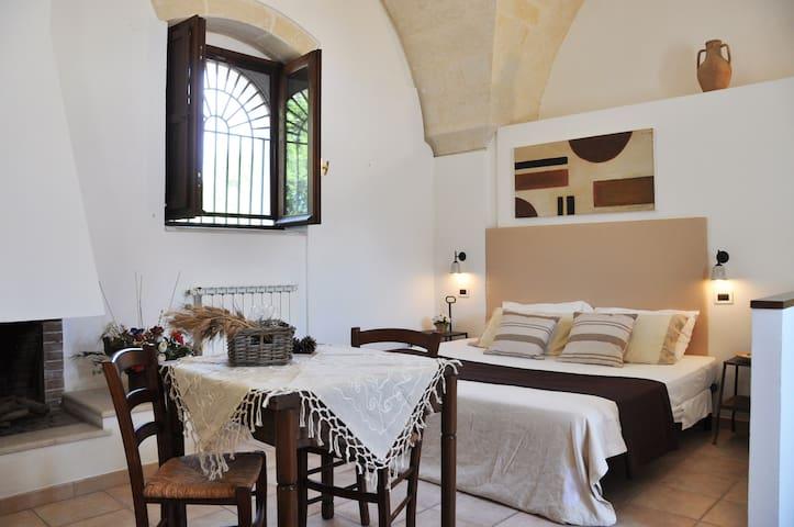Barco del Cicerò - monolocale nella Corte Storica - Taranto - Serviced apartment