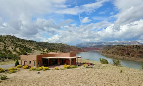 Extraordinary, Stellar Home on Abiquiu Lake