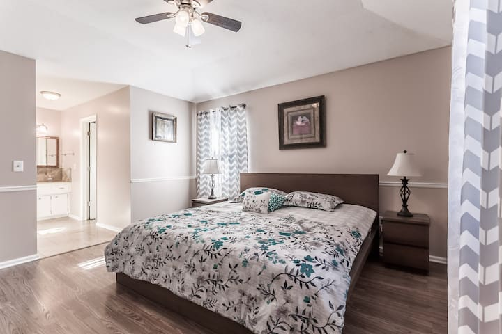 Luxury single family house # 2 in Overland Park