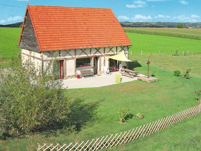 Holiday home in Chalandrey