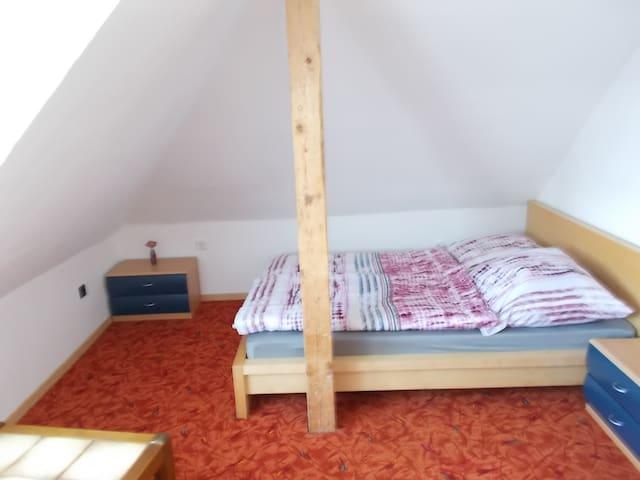 1.Schlafzimmer Dachgeschoß