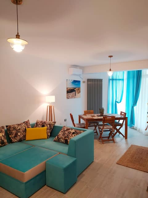Apartament 2 camere in Complex Alezzi langa plaja!