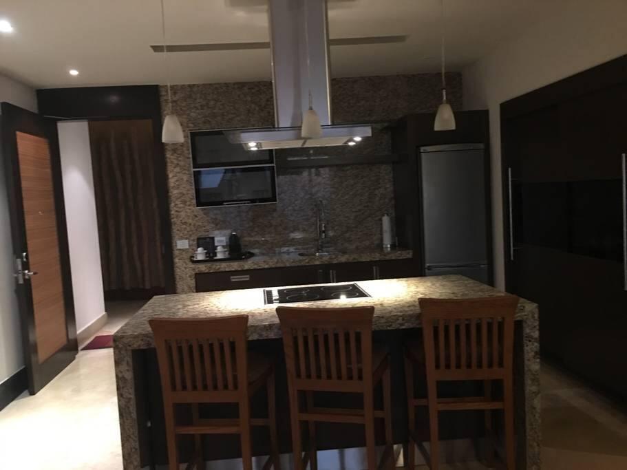 Complete full kitchen