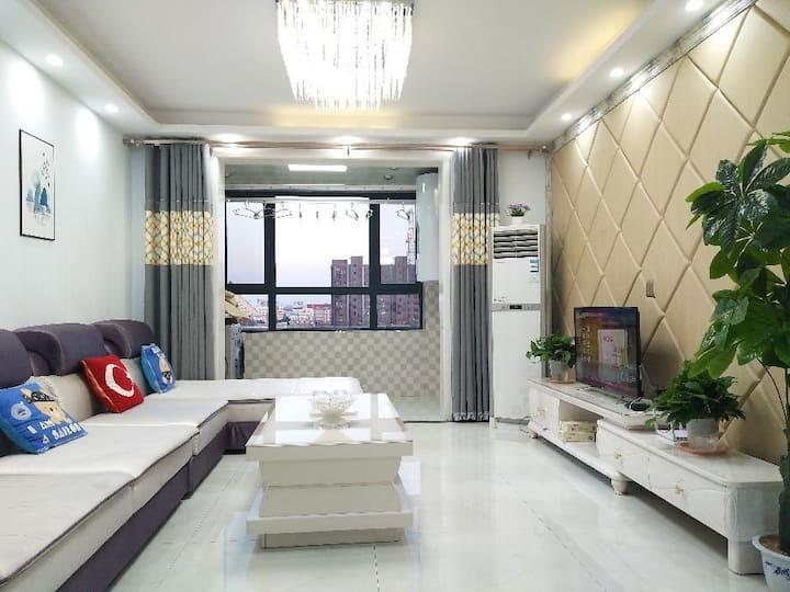 国际商贸城人民医院运河风景区精装二室