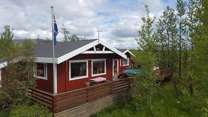 Laugarvatn Golden Circle charming family cottage