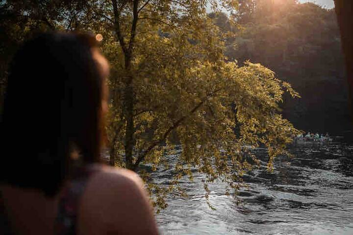 River lodge , Away from Erawan waterfalls 30 mins