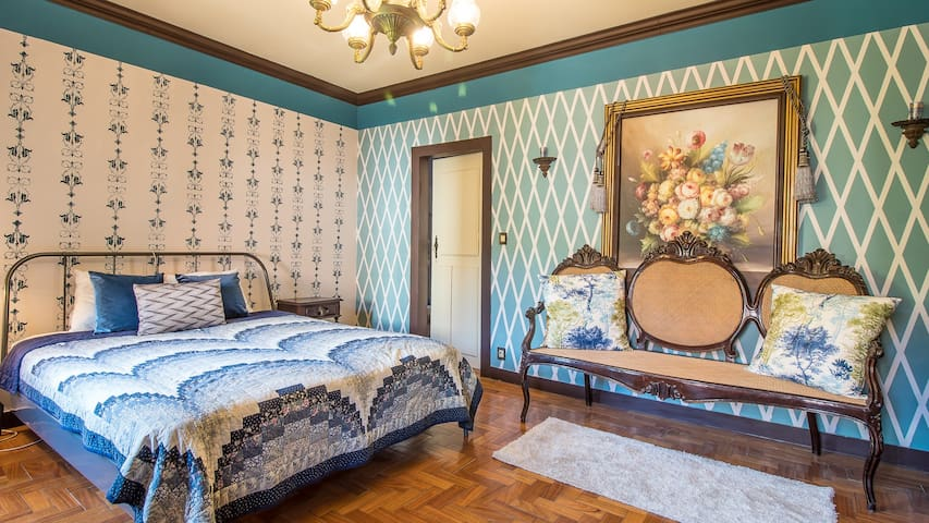 Roselane Farm - Blue Room