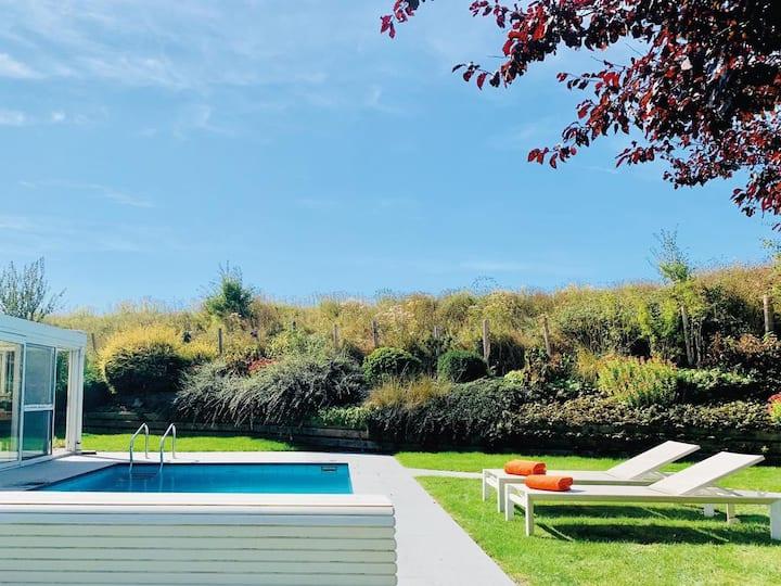 Vakantiewoning met zwembad in het Zwindorp!