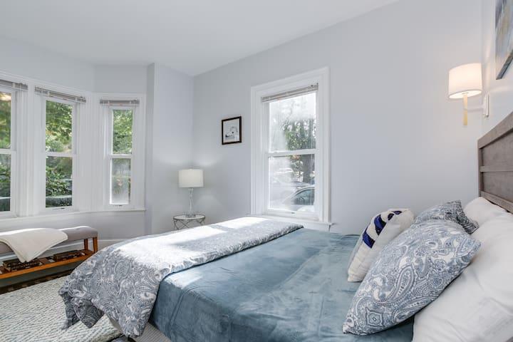 Tempurpedic mattress. Privacy shades