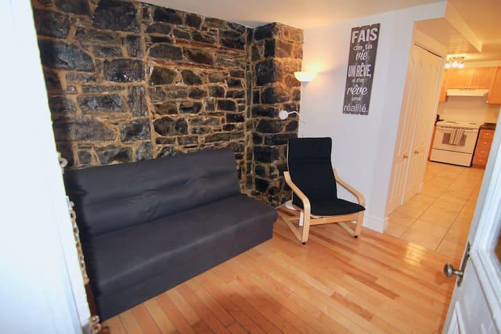 Charmant logement, cachet unique !! Vieux-Québec!