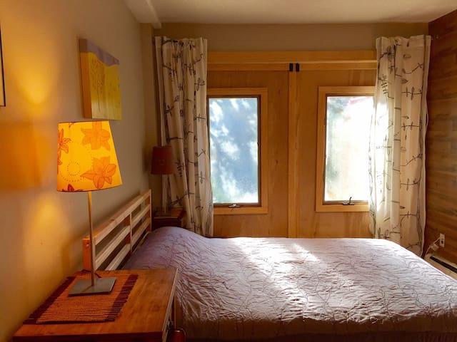 Sunny cozy multileveled apartment!
