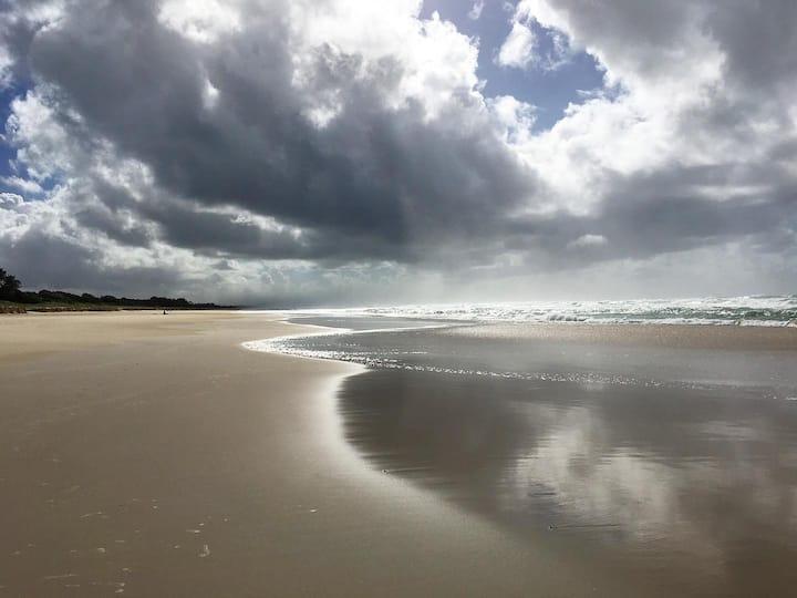 Quiet Beachside Oasis 300m to beach