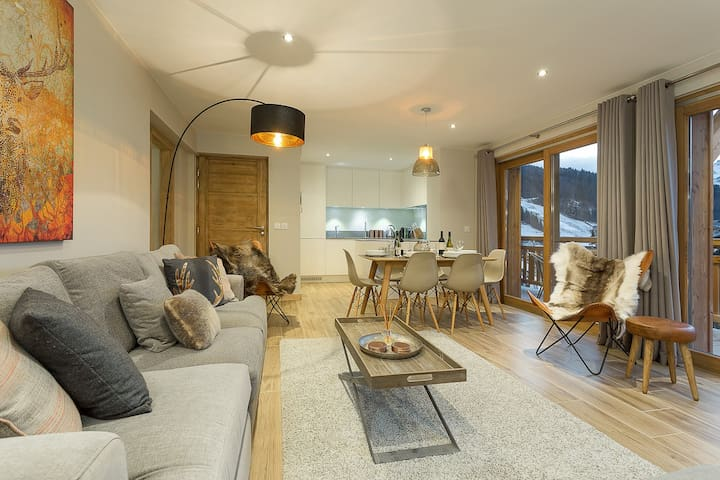 Luxury Apartment in Morzine - Petit Cheval Blanc