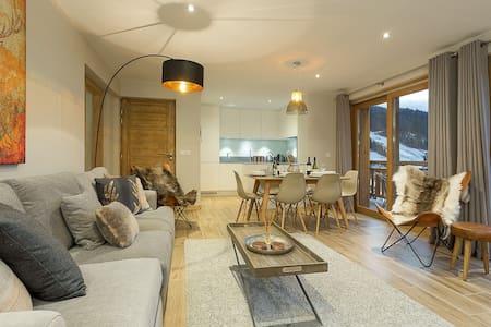 Luxury Apartment in Morzine - Petit Cheval Blanc