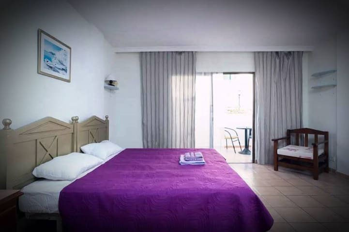 Nice Studio in Center of Playa de Las Americas!!! - Arona - Appartamento