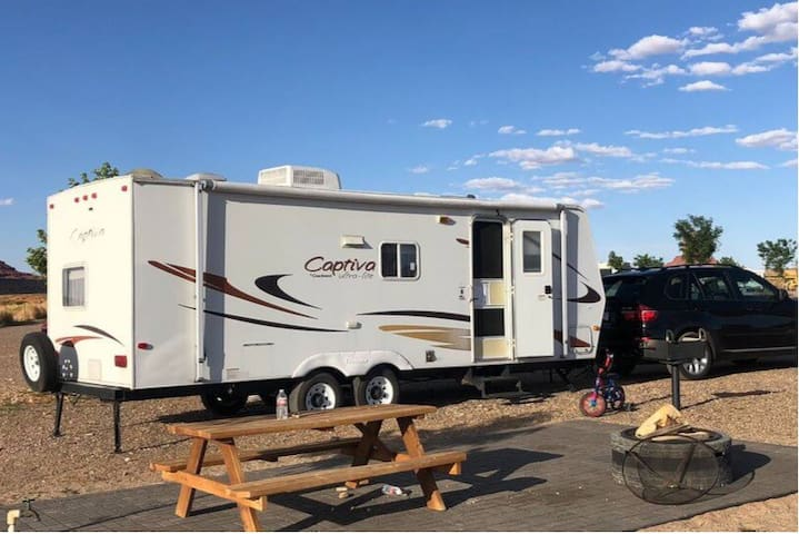 Trailer camper - coachmen Captiva ultra lite