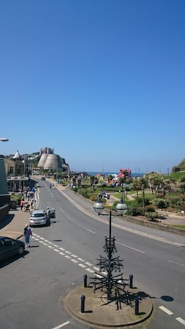 Sunny Apartment perfect for couple! Top Location - Ilfracombe - Apartemen