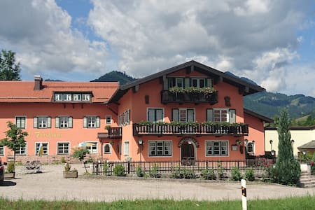 4 Person familyroom - Ruhpolding - Bed & Breakfast