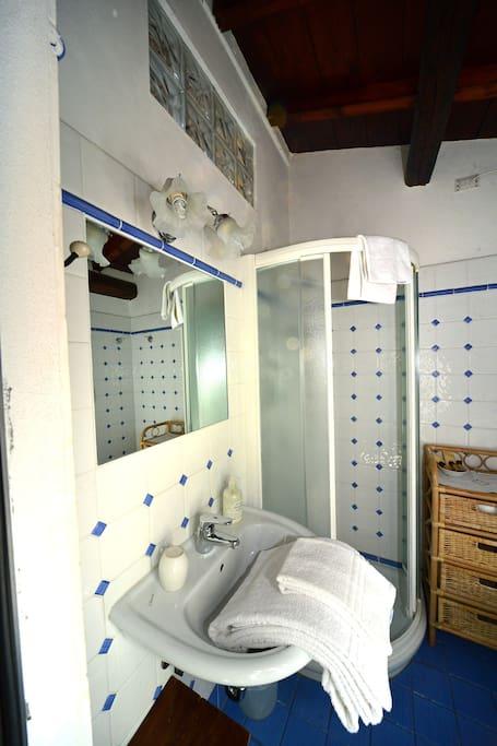 Bagno privato/private bathroom
