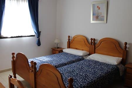Double bed room - Guía de Isora - Inny