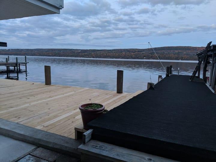 Beautiful Water Front Lake House