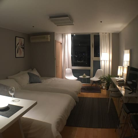★NEW Open Sale!★ Hongdae Stn. 1Min+Free WiFi egg - 서울특별시 - Appartement