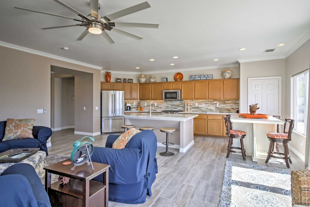 Relax and reconnect with the whole group in this welcoming living space.