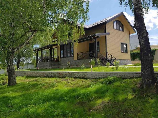 Загородный семейный дом