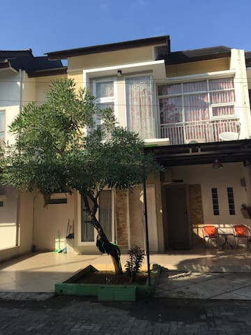 Beauty house to be sold.. - Jakarta selatan - Rumah